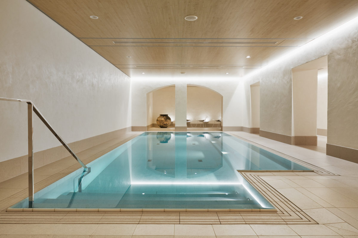 St. George Care spa is an urban retreat. Enjoy spa treatments, massages, saunas, pool and cold dipping pool.